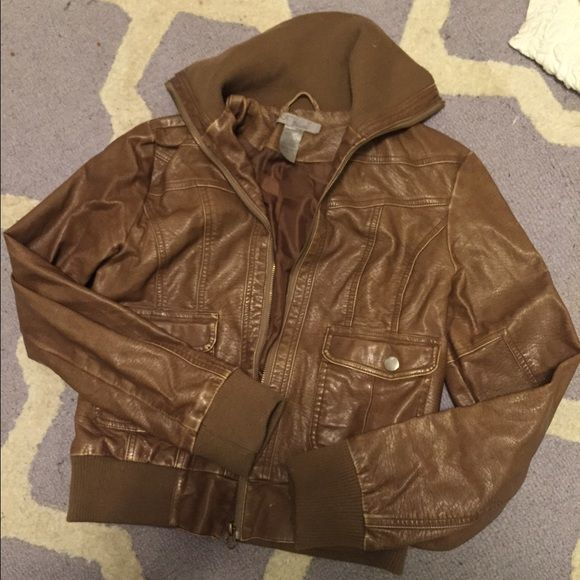 Ambiance Leather Jacket Bomber jacket from Ambiance! Size large but runs a smidge small. Really comfortable and great over a cute dress for going out ❤️ Ambiance Apparel Jackets & Coats Utility Jackets
