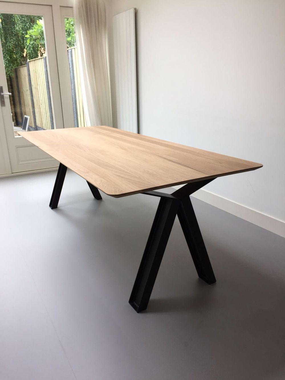 Pin By Xander Albers On Dining Tables