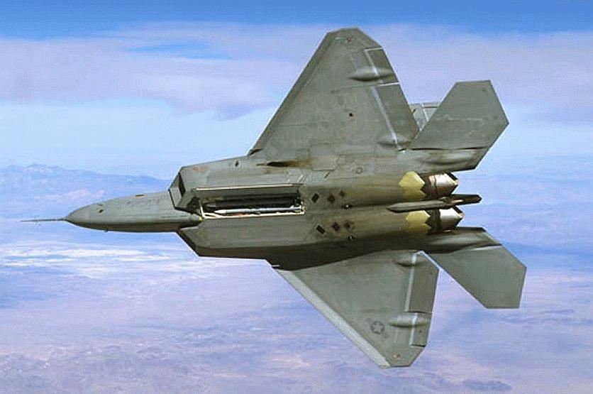 crack f-22 lightning 3