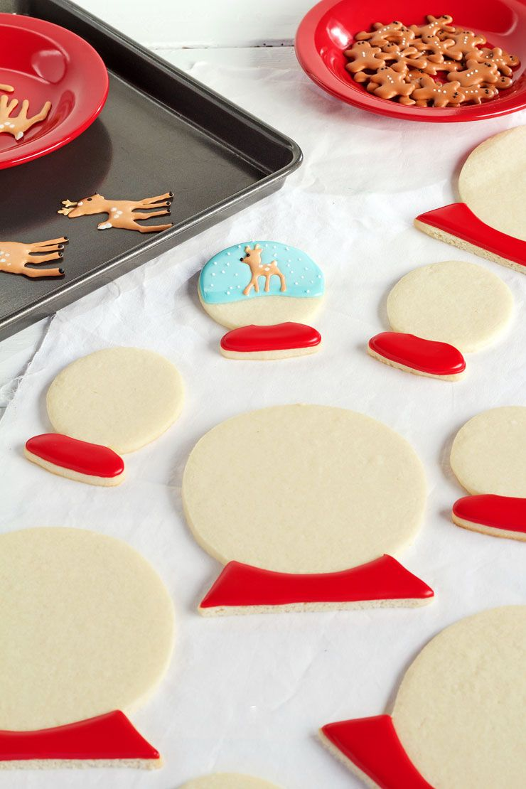 Snow Globe Cookies | Royal icing, Sugar cookies and Globe