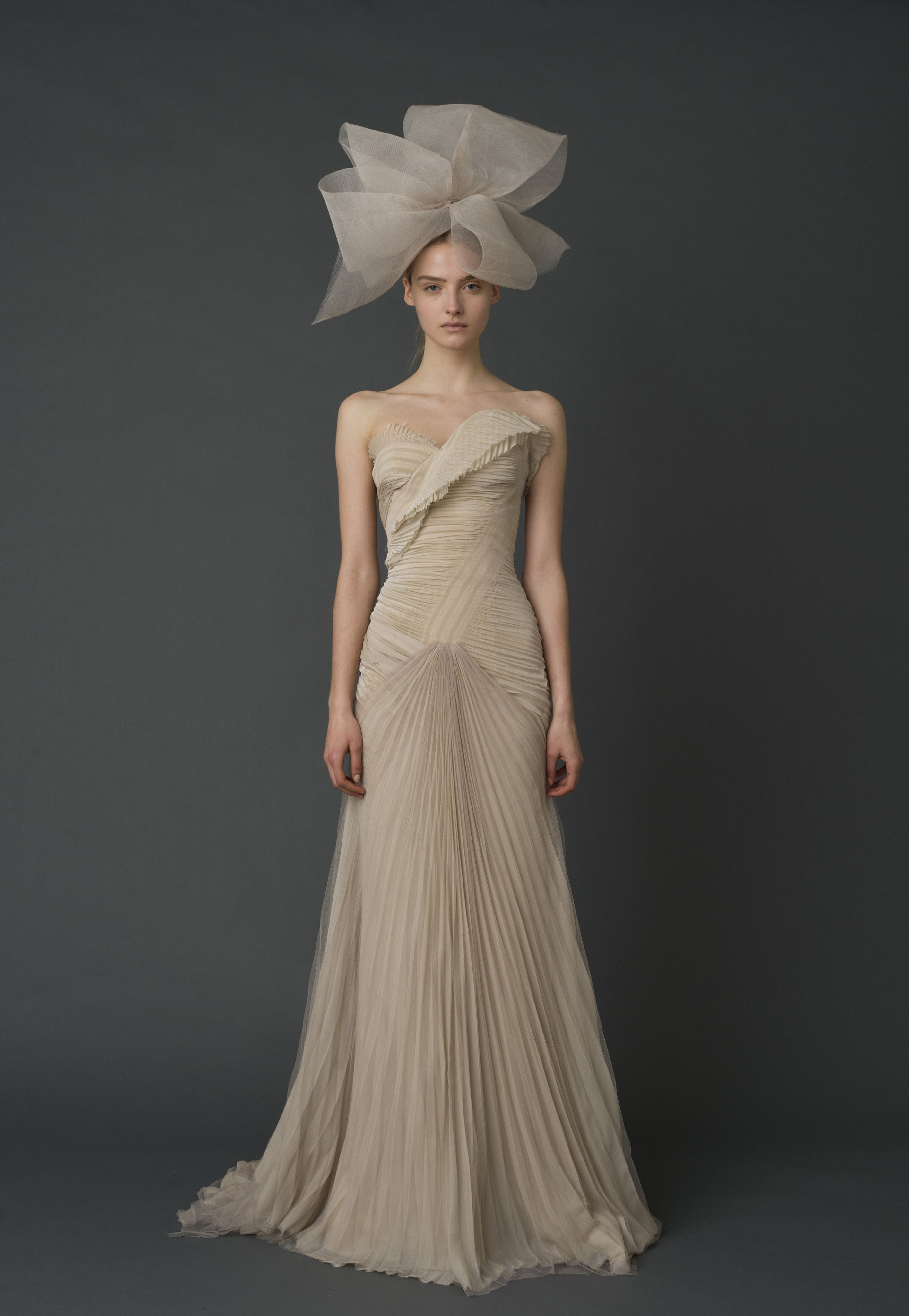 Vera Wang Nude Dressummm Minus The Bow And Not For