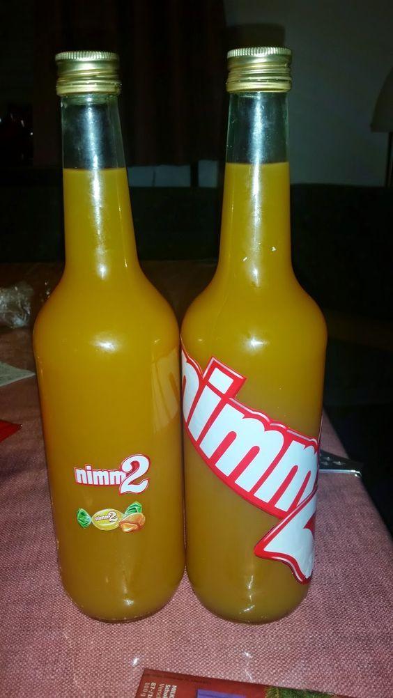 Nimm 2 likör mit multivitaminsaft