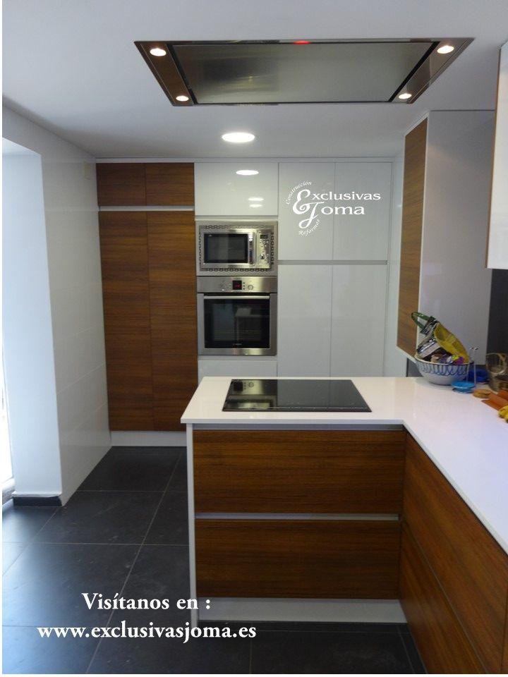 Reforma de cocina integral de chalet en tres cantos for Muebles para cocina integral