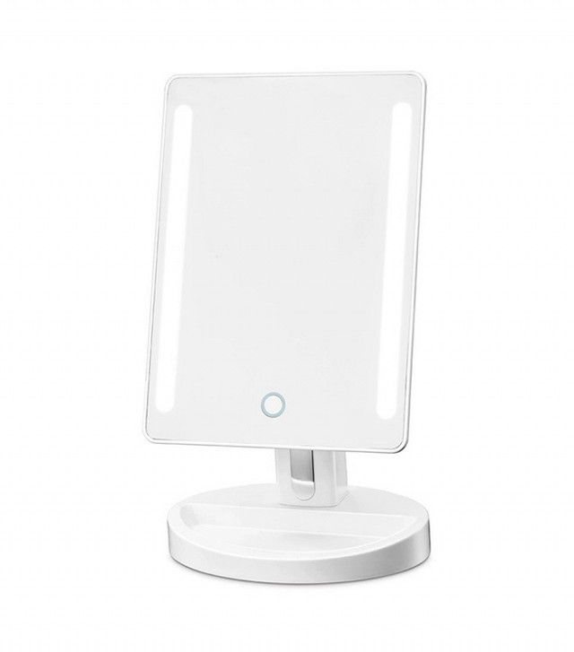 The 10 Best Lighted Makeup Mirrors For Flawless Foundation Nearly Every Time Lighted Vanity Mirror Mirrors For Makeup Best Lighting For Makeup