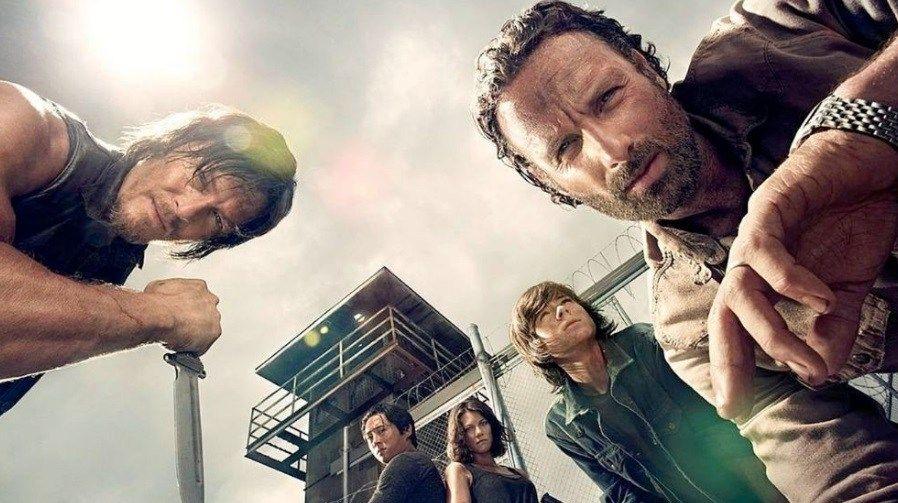 Game Payabaht Turkce Altyazili Izle 1 Sezon Tum Bolumleri Vipfilmlerizleme Com The Walking Dead Walking Dead Zombiler