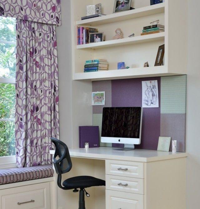 Jugendzimmer Mädchen Arbeitsecke Lila Weiß Wandregale Fenstersitzbank