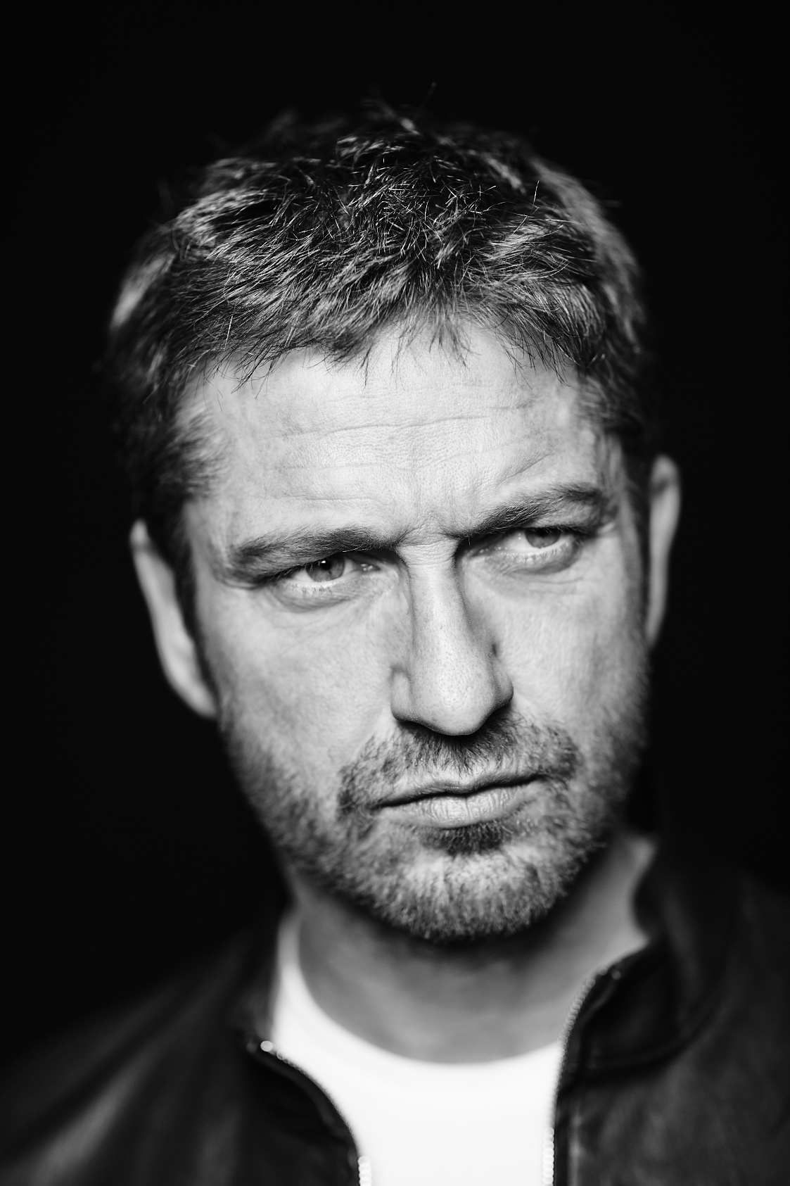 Watch Gerard Butler (born 1969) video