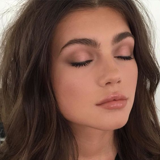 The Natural Eye Makeup Looks For Any Occasion - Society19