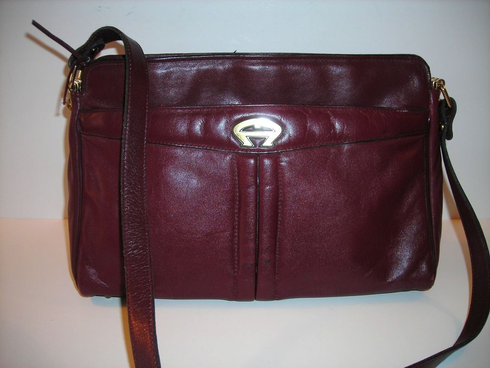 Vintage ETIENNE AIGNER burgundy LEATHER HANDBAG SHOULDER BAG brass