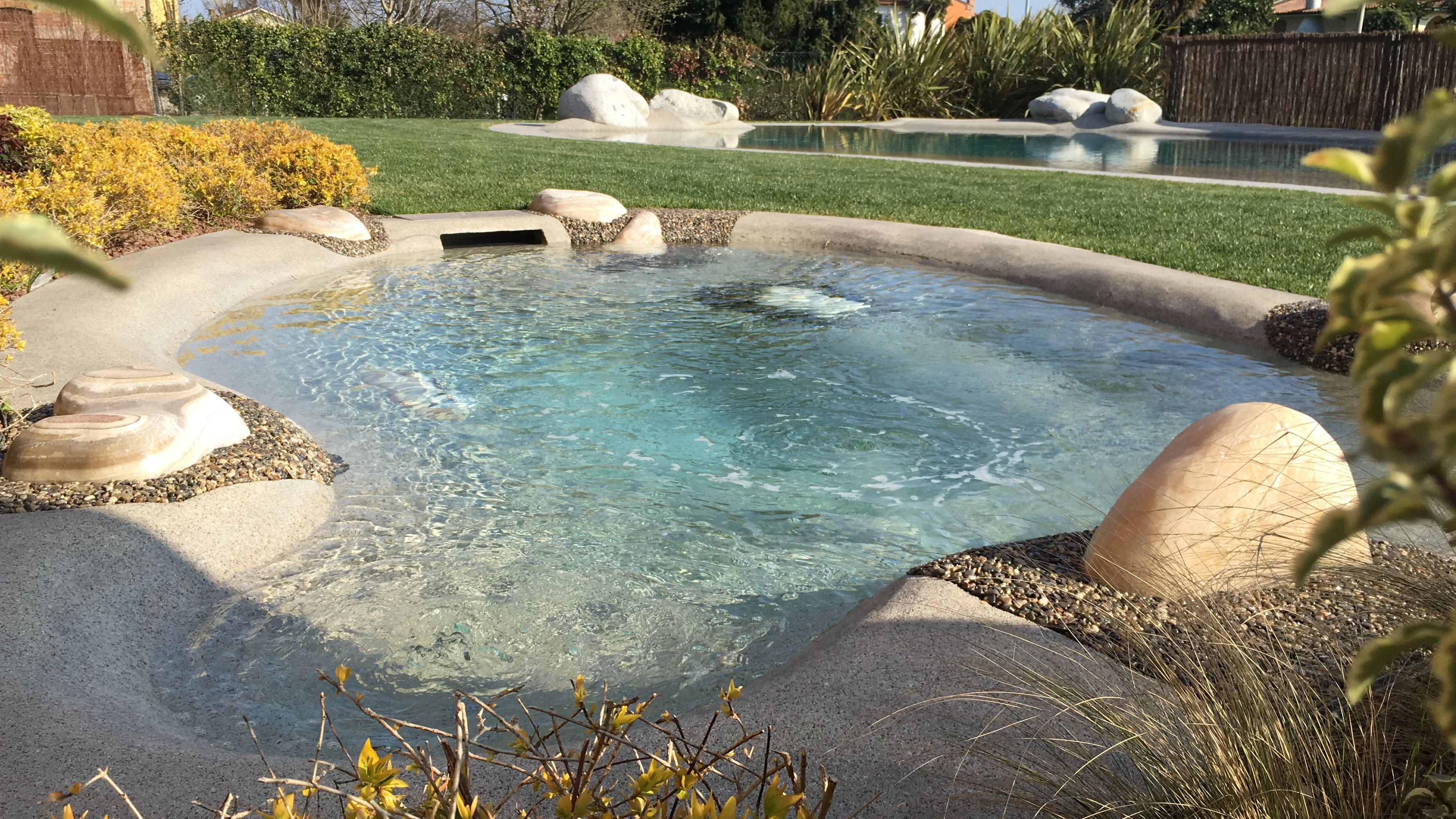 Pin By Leona On Pool2 Backyard Pool Backyard Beach Plunge Pool Diy backyard beach pool