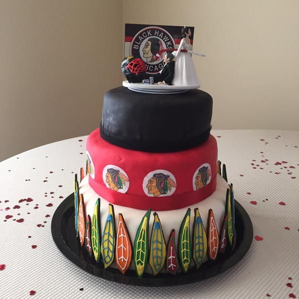 There S Nothing Better Than A Blackhawks Wedding Cake