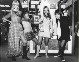 estilo das garotas do rock antigamente