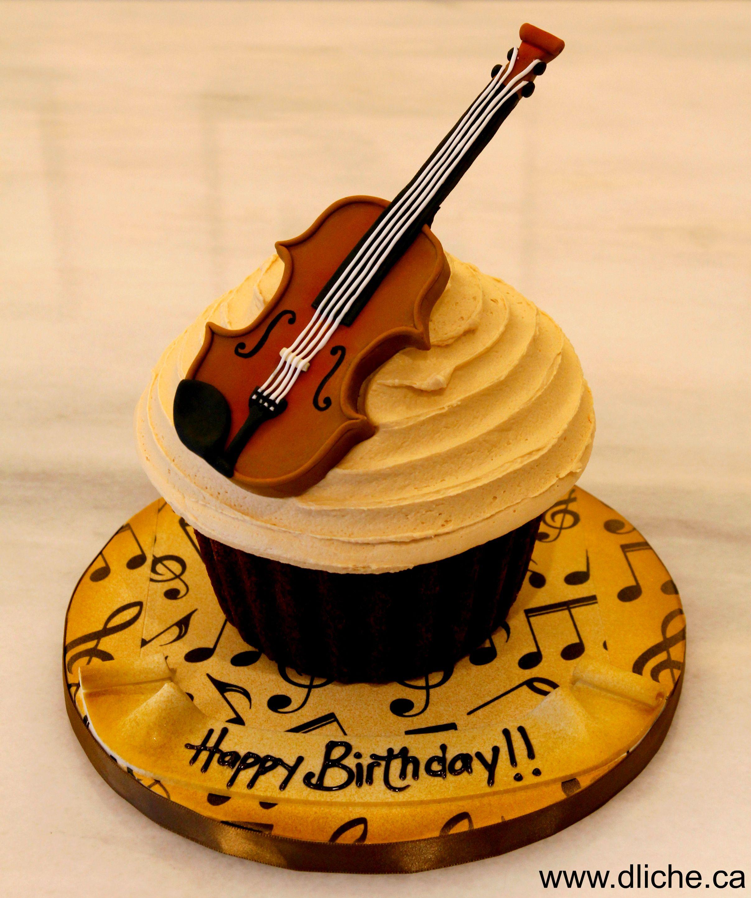 G 233 Ant Cupcake Avec Violon A Violin Extra Large Cupcake