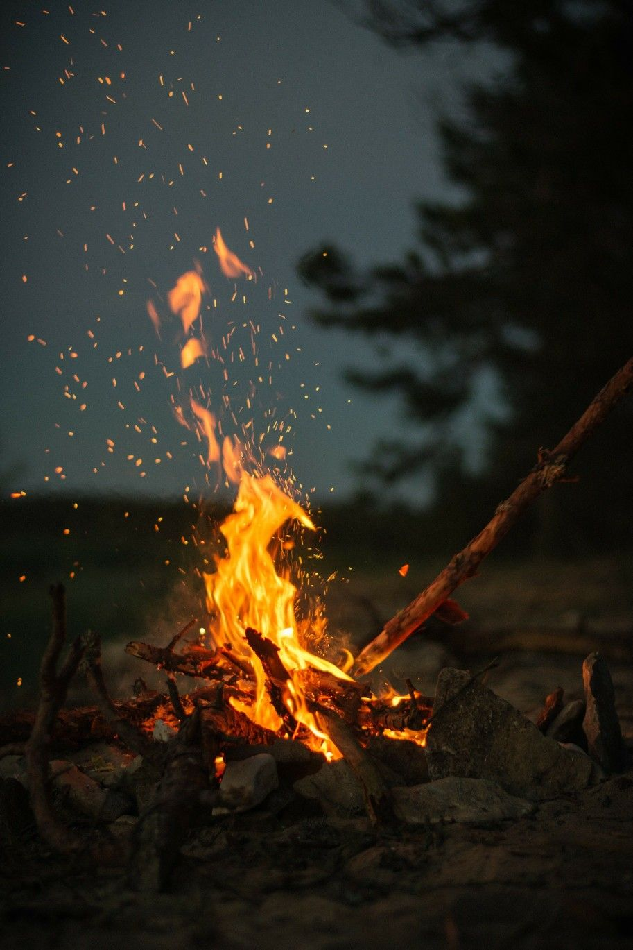 Pin By Abdelhakim On 4k Wallpaper Camping Wallpaper Fire Photography Nature Wallpaper