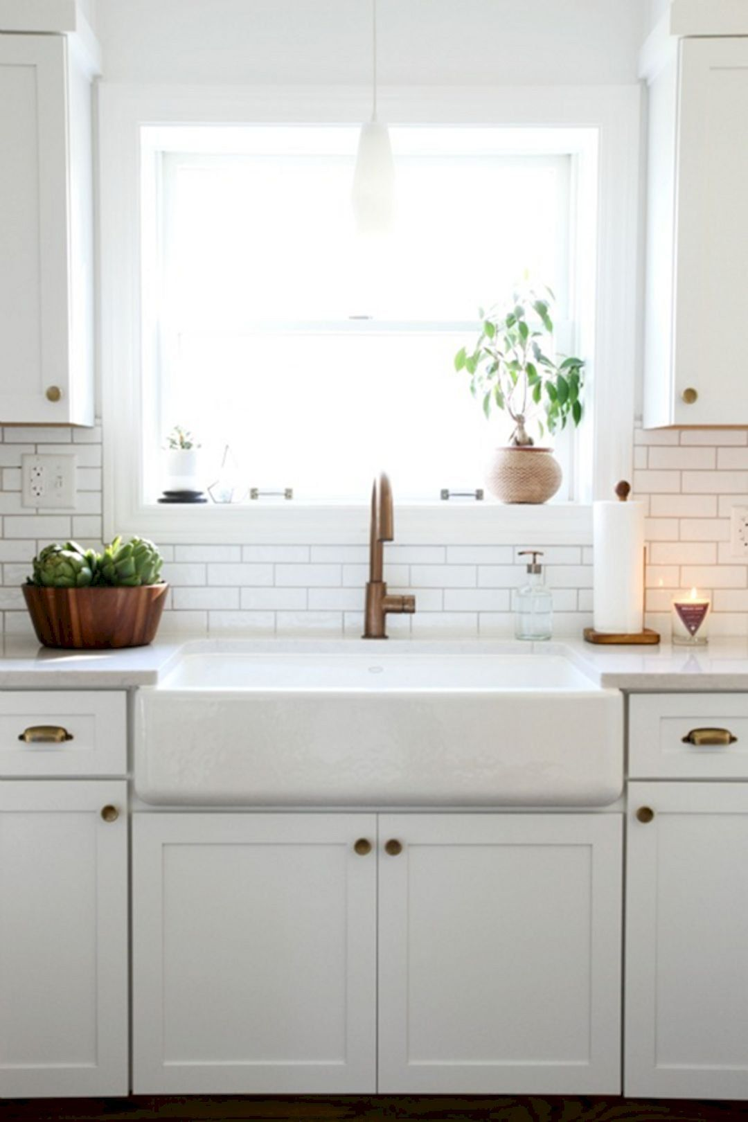 Download Wallpaper White Vintage Style Kitchen Sink