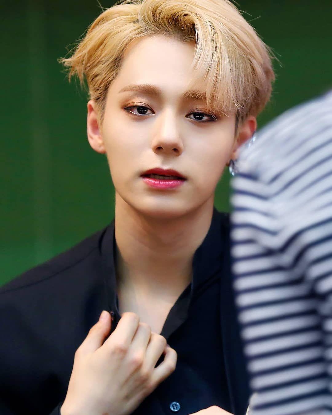 Pin By Vivi On Oneus Korean Idol Vocalist Boy Bands