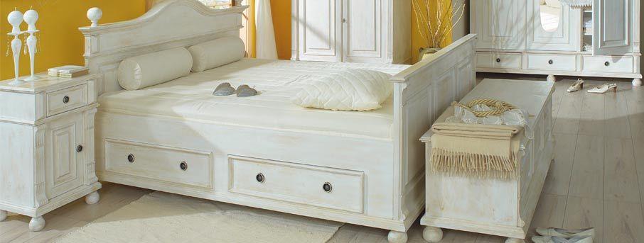Massivholzmoebel-Landhaus-Kiefer-Moebel   white furniture ...