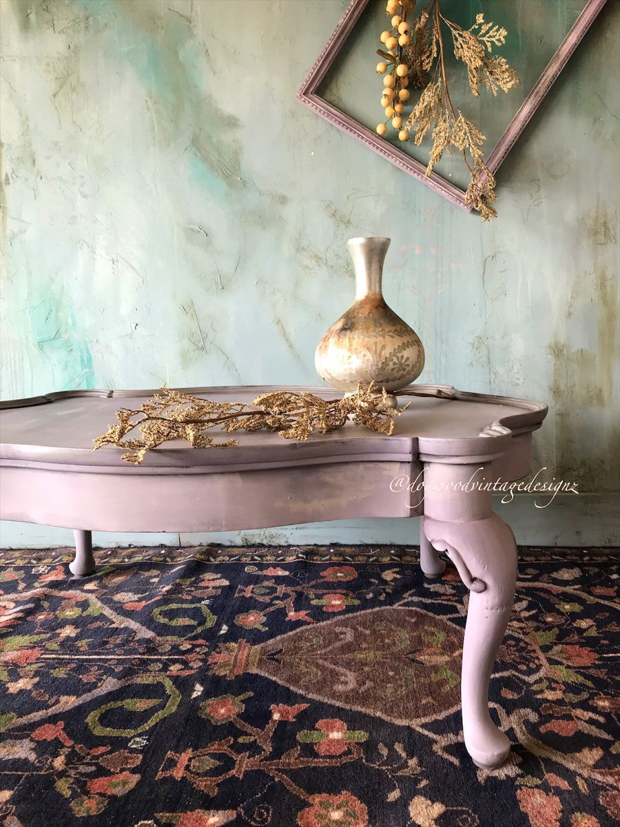 #furnitureartist #eclectichome #repurposedvintage #retro #rusticelegance #reuse #vintage #paintedfurniture #farmhousestyle #rusticfarmhouse #cottagestyle