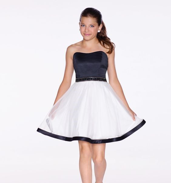 Cocuk Abiye Kiyafet Modelleri Siyah Beyaz Iki Renk Kisa Straplez Klos Etek Saten Boncuk Kemer Elbise Modelleri The Dress Elbise