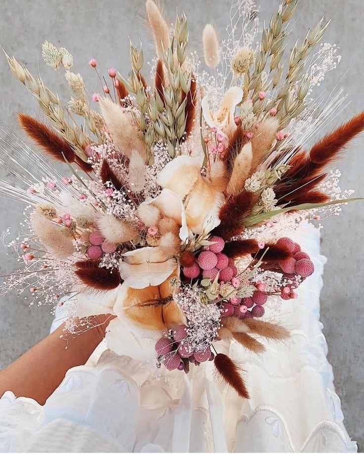"""100 Layer Cake auf Instagram: """"Dieses trockene Blumenarrang … – Trockenblumen …"""