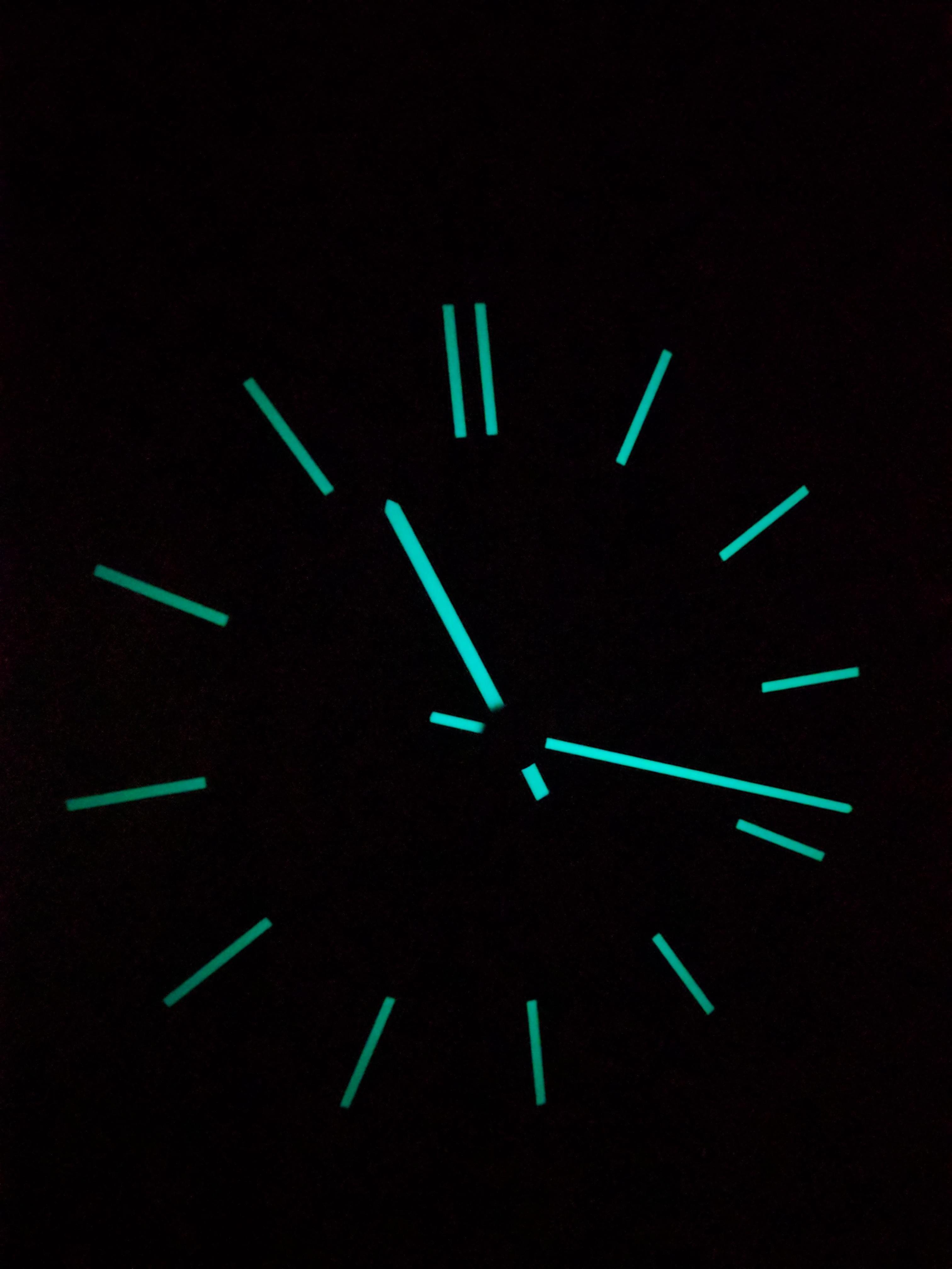 My Wall Clock Is Glow In The Dark Wall Clock Glow In The