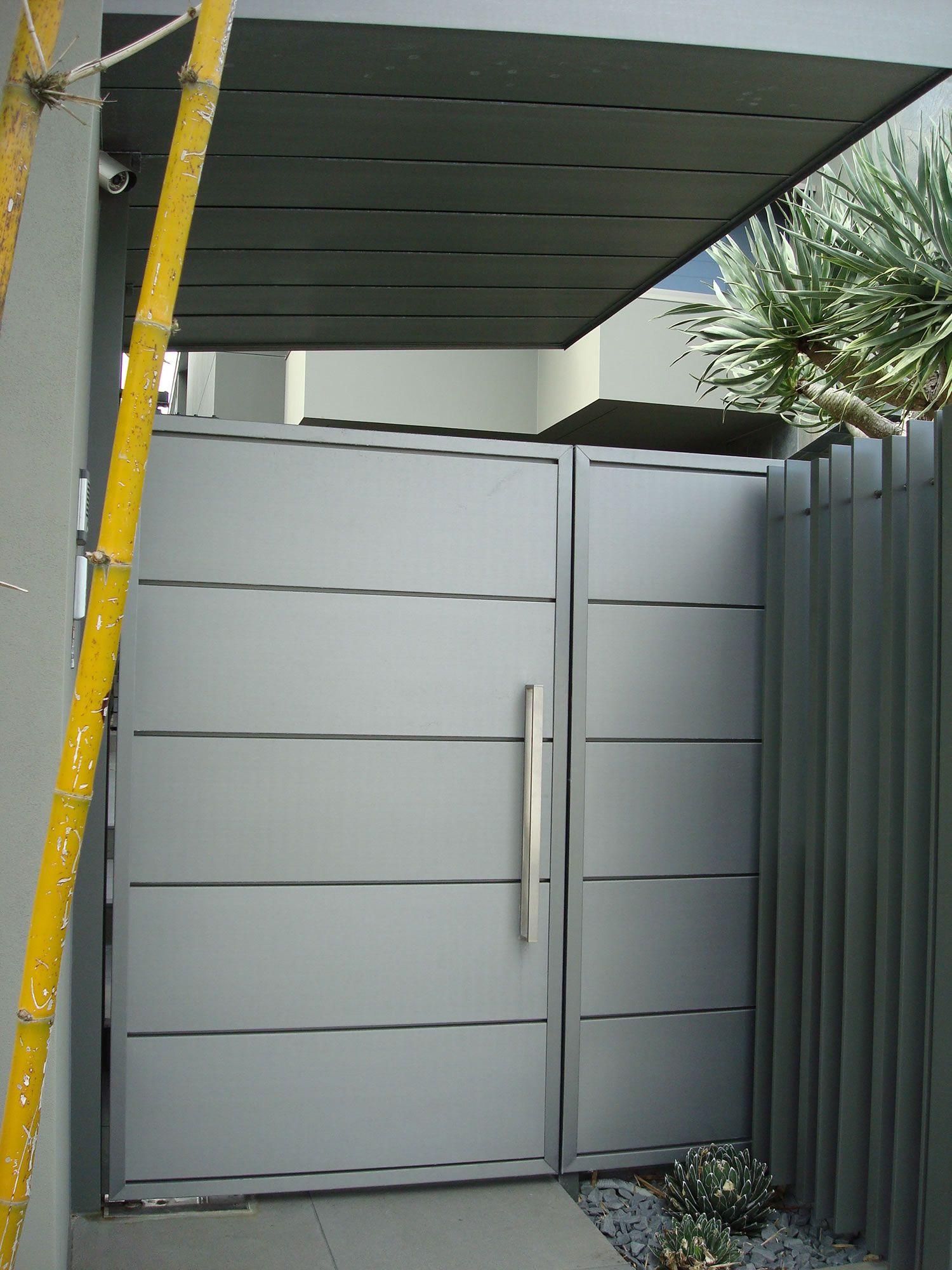 Vm Zinc Quartz Horizontal Interlocking Panels Pedestrian Gate Gold