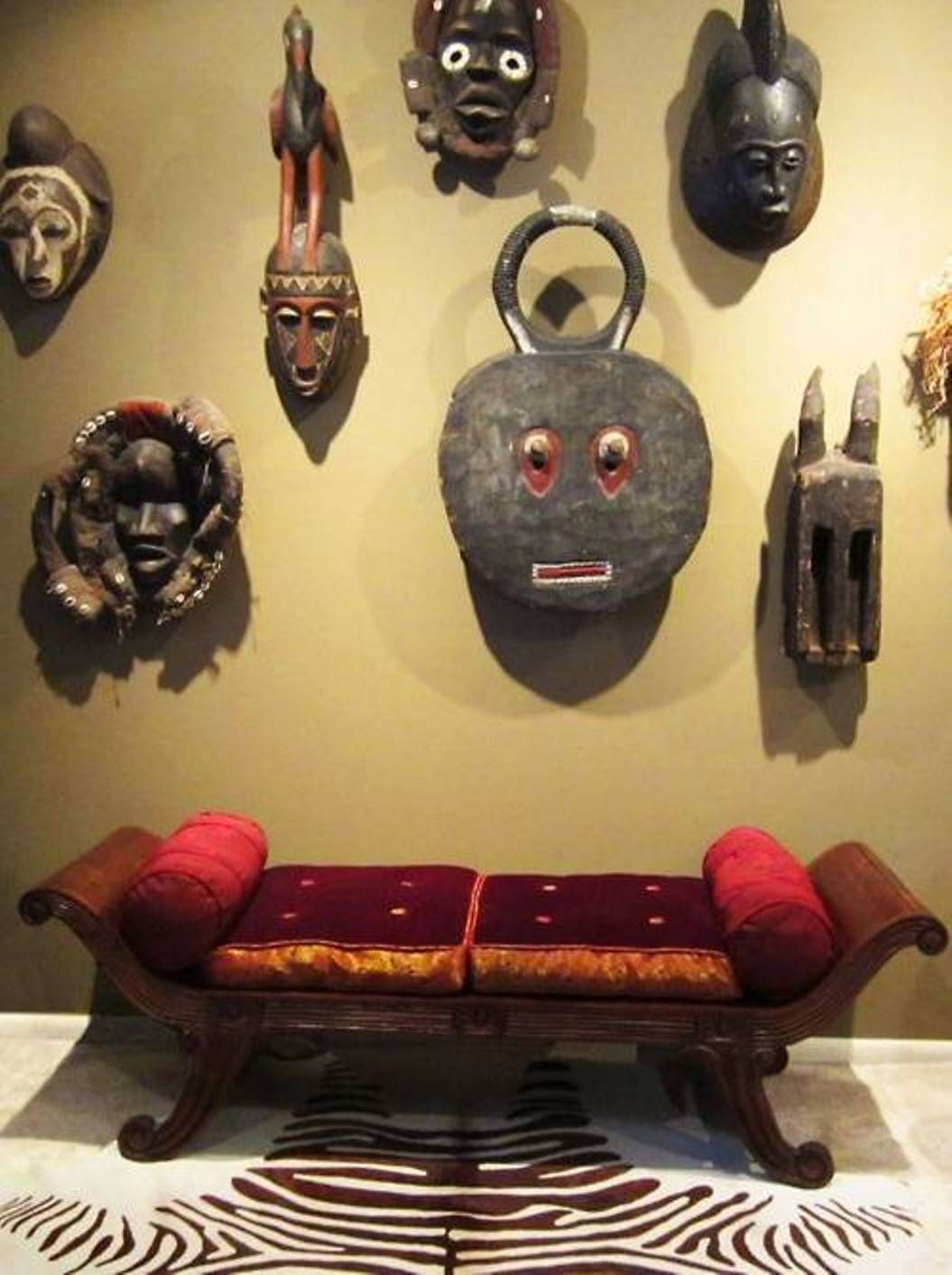 interior african decor with wooden wall masks : African Decor For ...