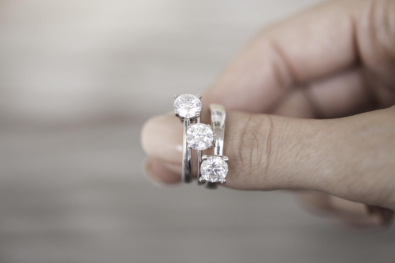 3 rings- 3 carats #ring #diamondring #brilliant #engagement ...