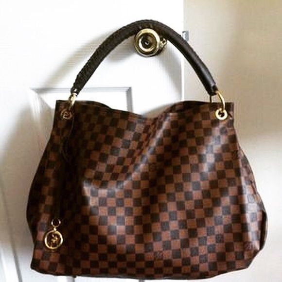 e8982dea96b28 Buy Discount  Louis  Vuitton  Artsy Handbags Only  190 For This Site ...