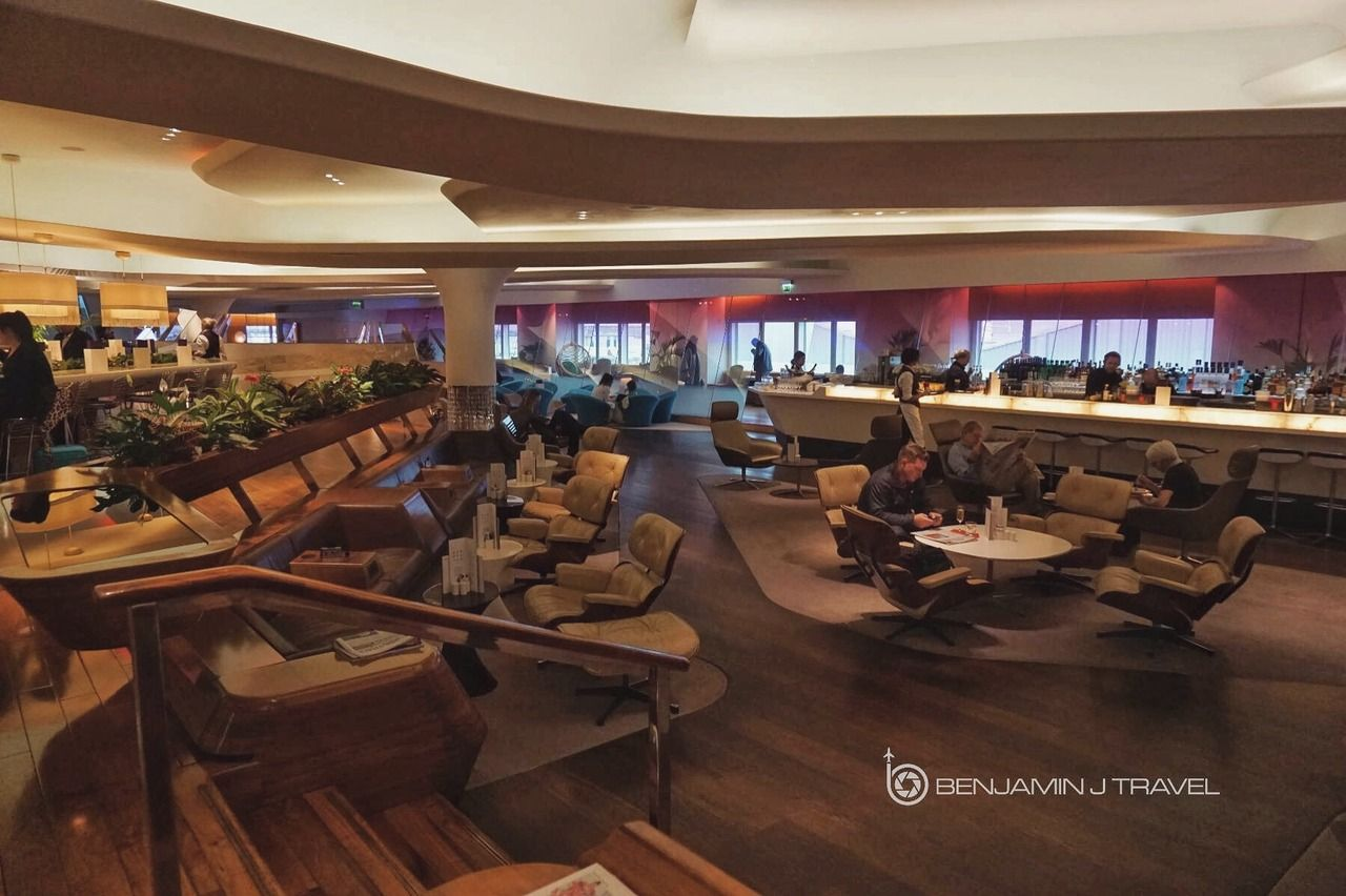 Lounge Review: Virgin Atlantic Clubhouse & Upper Class Wing