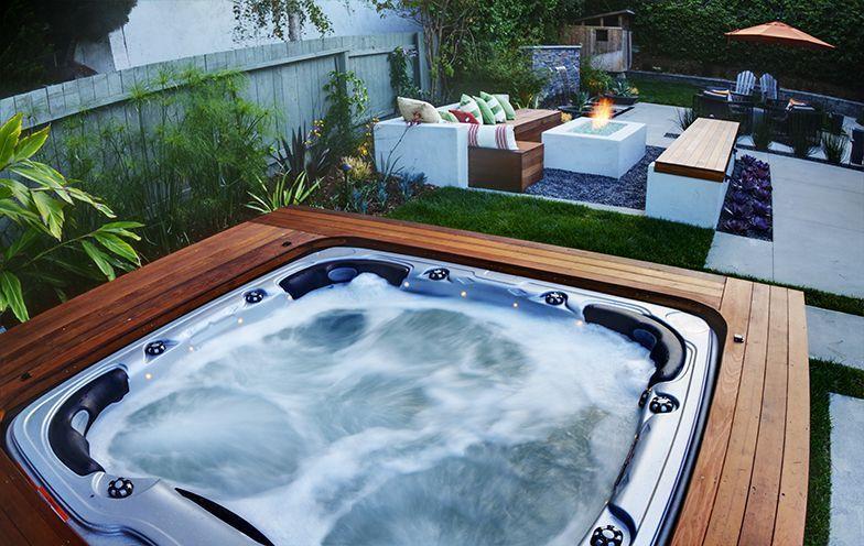 Small Deck Around Hot Tub Piscinas Casas E Constru 231 227 O