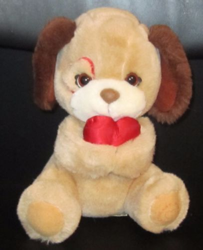 8-034-Applause-Wallace-Berrie-SWEETHEART-Plush-PUPPY-w-Red-Heart-2
