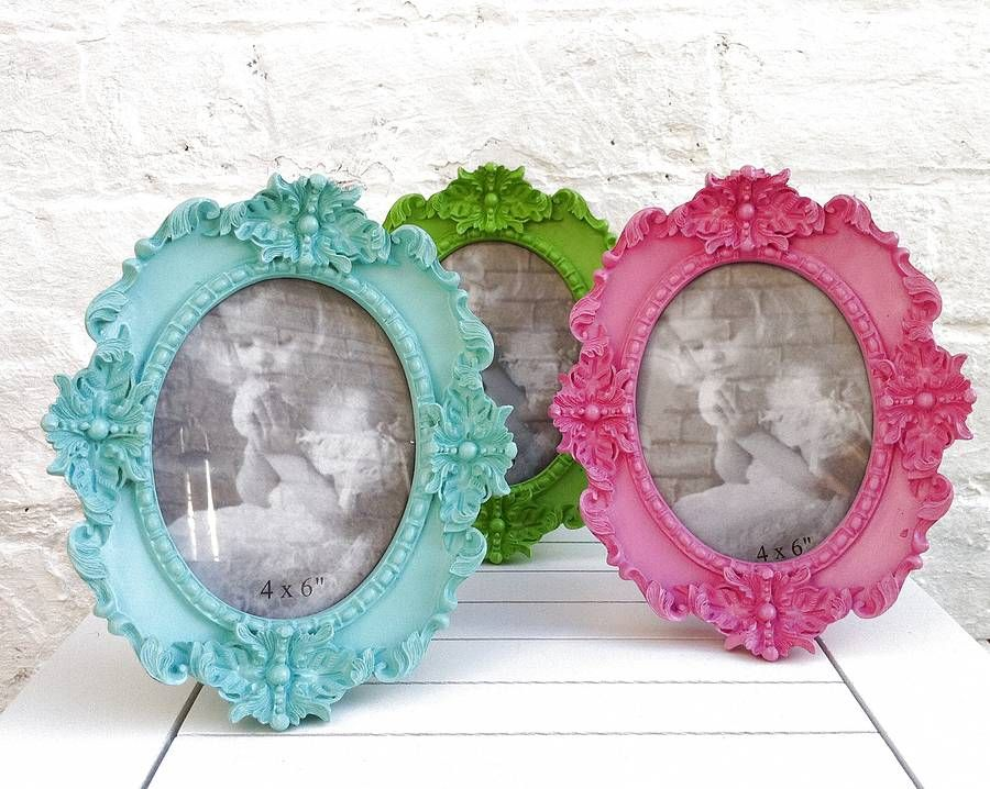Bright Coloured Small Oval 6 X4 Frames Cute Picture Frames Funky Colour Boys Bedroom Accessories
