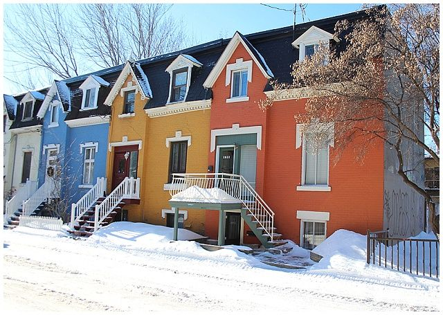 The colourful houses of Rue Drolet in Montreal. Who wants to move there with me?