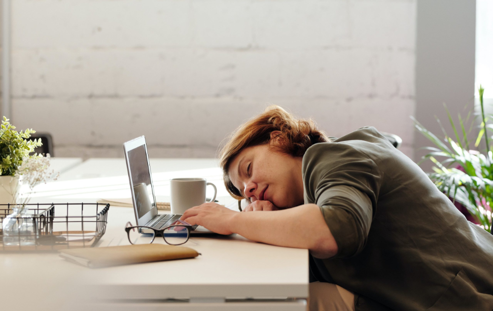 Why Am I So Tired? Top 5 Causes and Solutions | PIQUE