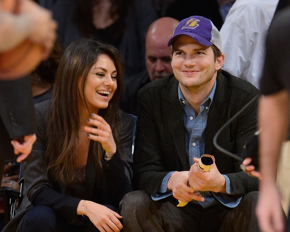 Mila Kunis And Ashton Kutcher Are Engaged Actress Spotted Wearing