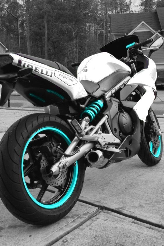 Bikes / Girls and bikes / Motorcycles / Moto. Blood boils at the sight of this…