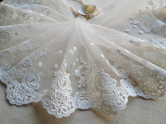 Off White Tulle Fabric Embroidery Flowers Lace Trim For Wedding