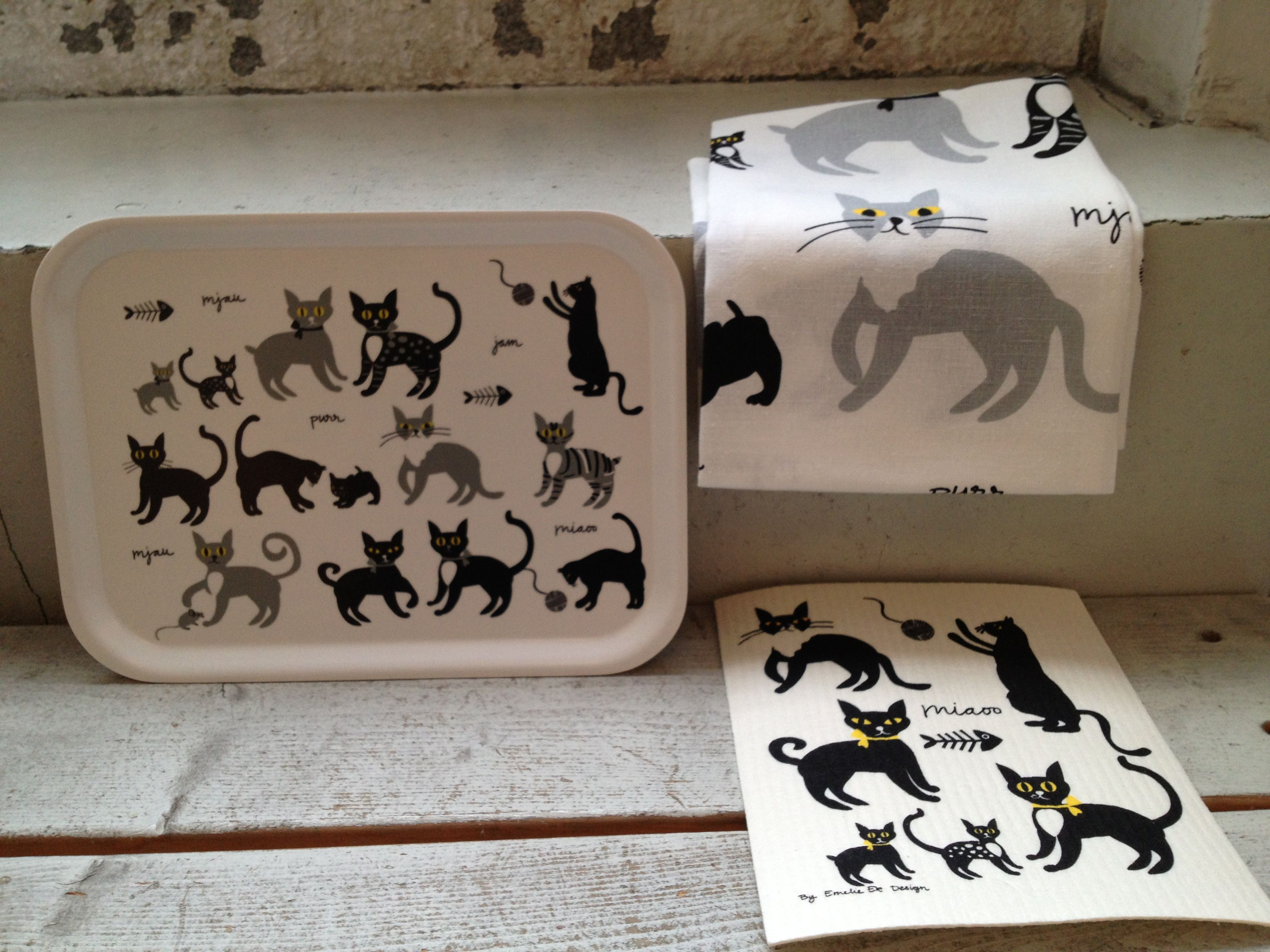 Cat pattern by Emelie ek design tray, towel and dish cloth