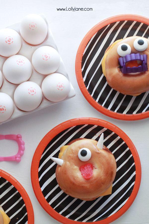 monster breakfast bagel sandwich Breakfast bagel, Halloween