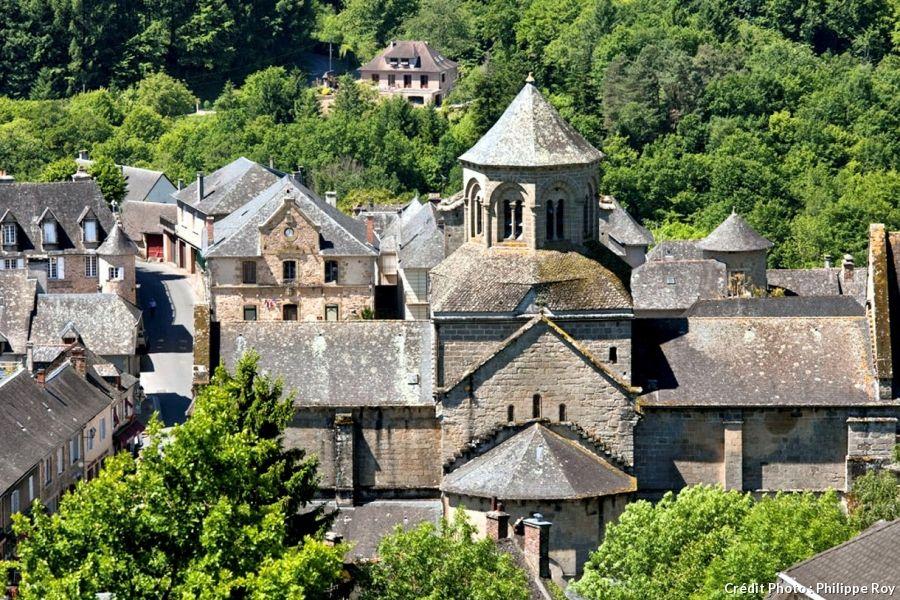 Aubazine En Correze Des Moines Cisterciens A Coco Chanel Moine Cistercien Correze Abbaye Cistercienne