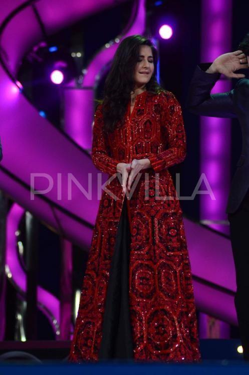 Katrina Kaif and Aditya Roy Kapur at Umang 2016   Indian ...