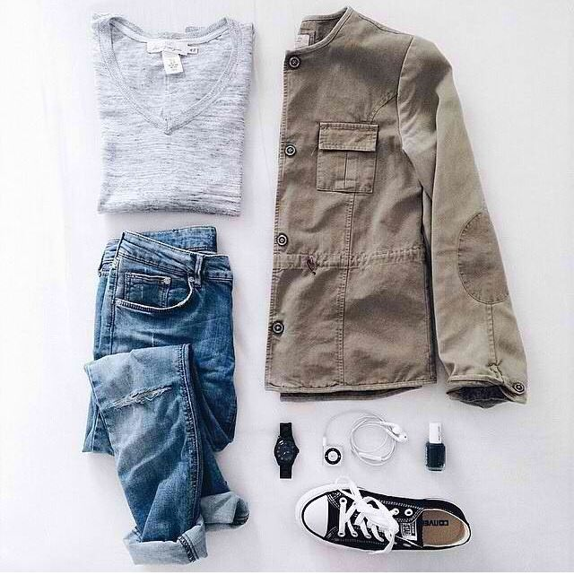 Fall outfit, love the jacket