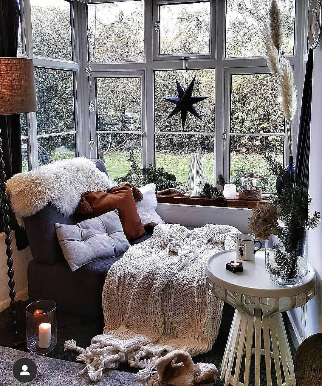 Omg take me please   Cozy house, Bedroom decor, Cheap home ...
