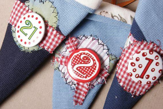 Adventskalender t tchen aus alten stoffresten deko und jahreszeiten - Nanu nana weihnachten ...