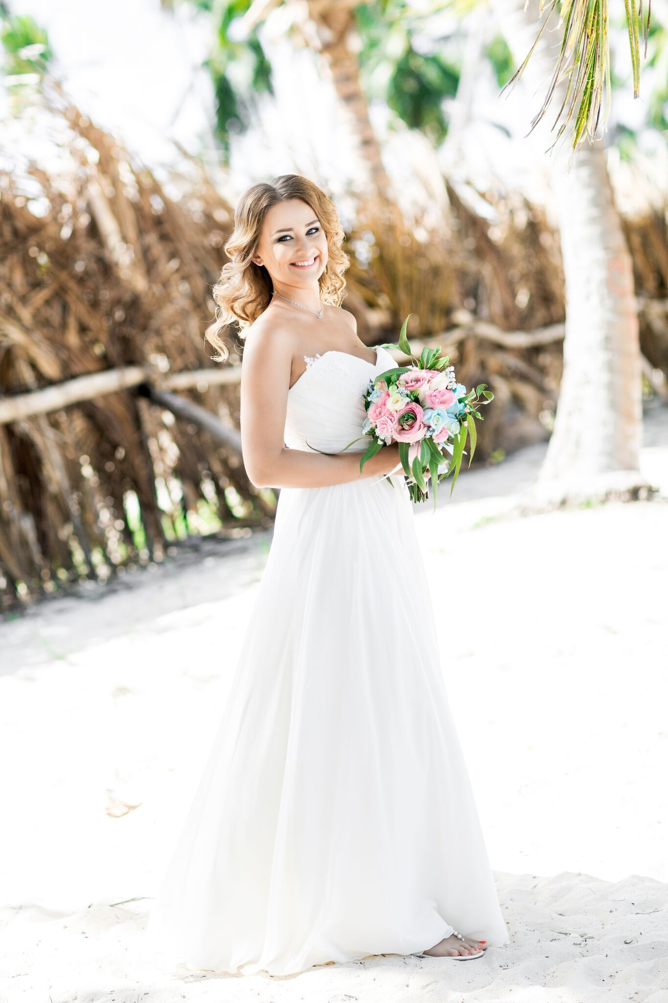 Beautiful bride! Check out our best wedding style ideas for ...
