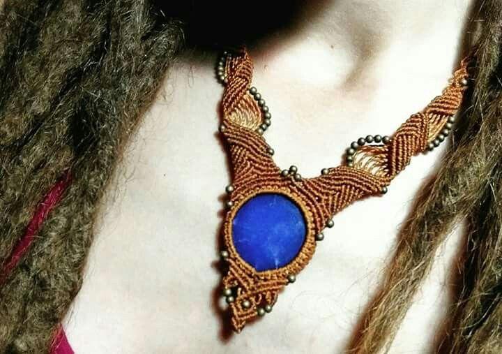 Macramé necklace with Blue quartz stone