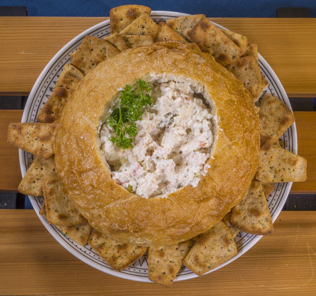Creamy Crab Rangoon Dip