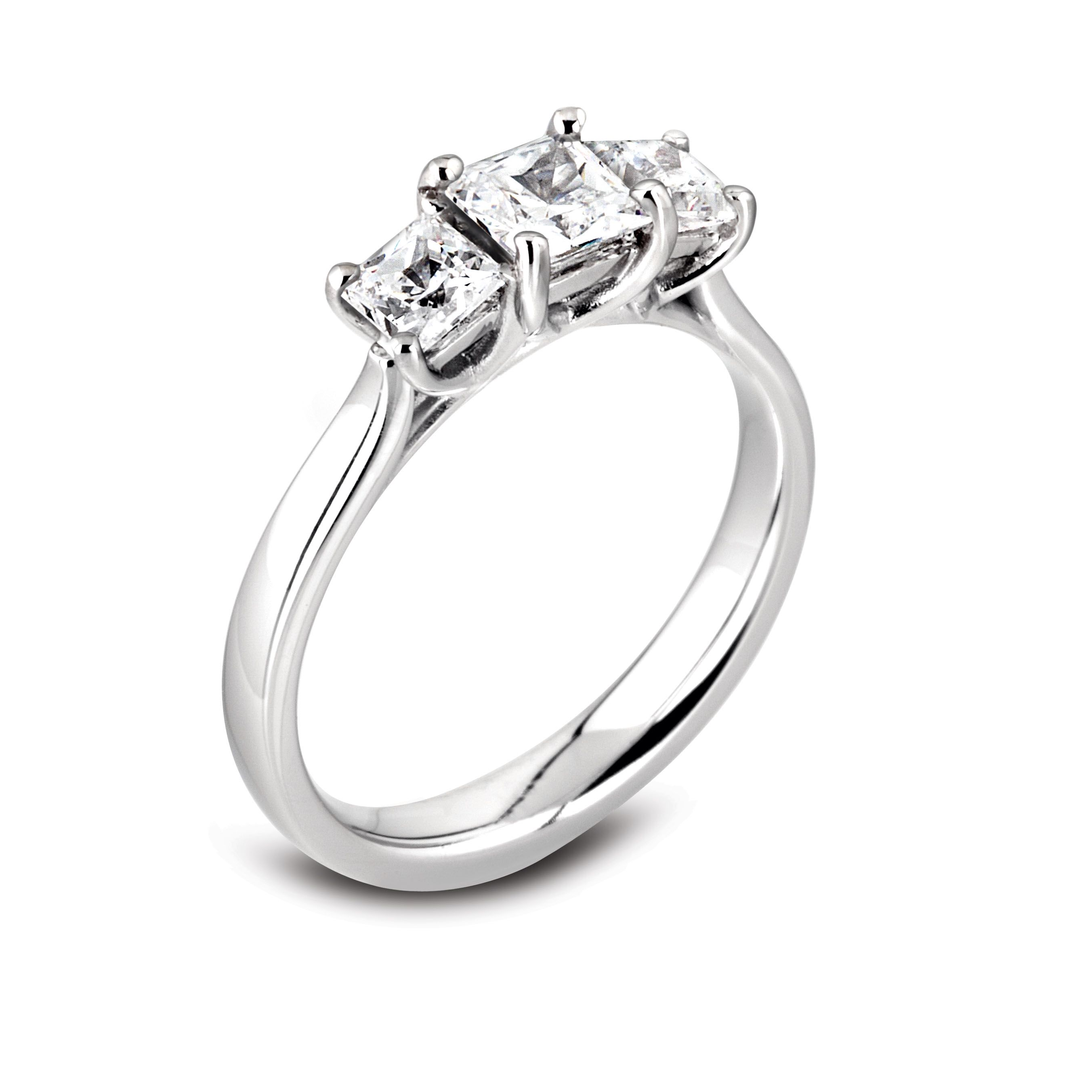 Princess cut diamond 3 stone ring mounted in 4 claw settings in