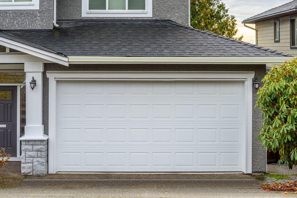 15 Types of Garage Doors (10) and Openers (5) Buying